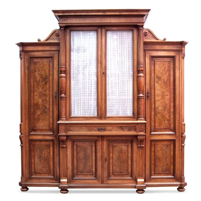 absolut traumhafter waffenschrank antik kasten schrank vitrine geschirrschrank. Black Bedroom Furniture Sets. Home Design Ideas