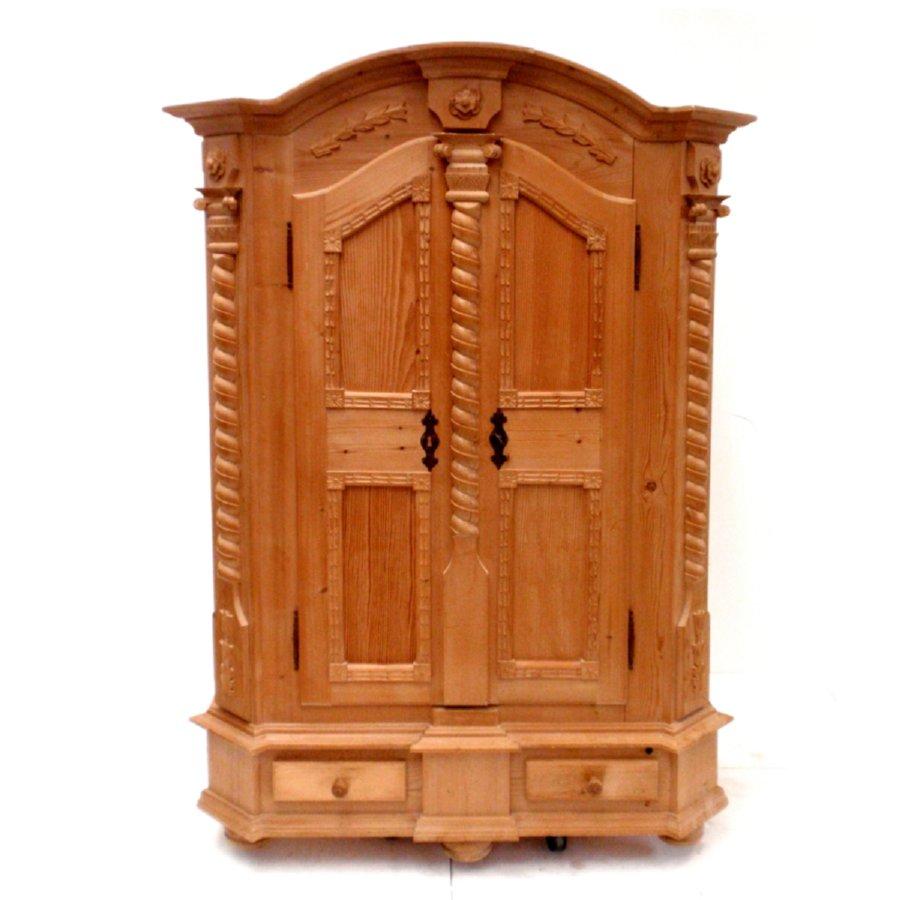sch ner dielenschrank naturholz bauernschrank schrank holz. Black Bedroom Furniture Sets. Home Design Ideas