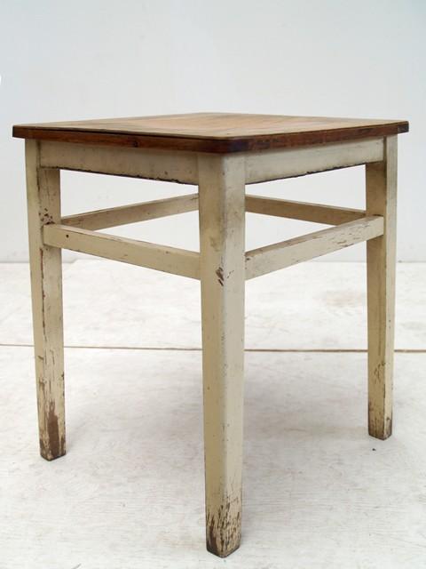 shabby chic kleiner hocker holz vintage m bel creme. Black Bedroom Furniture Sets. Home Design Ideas